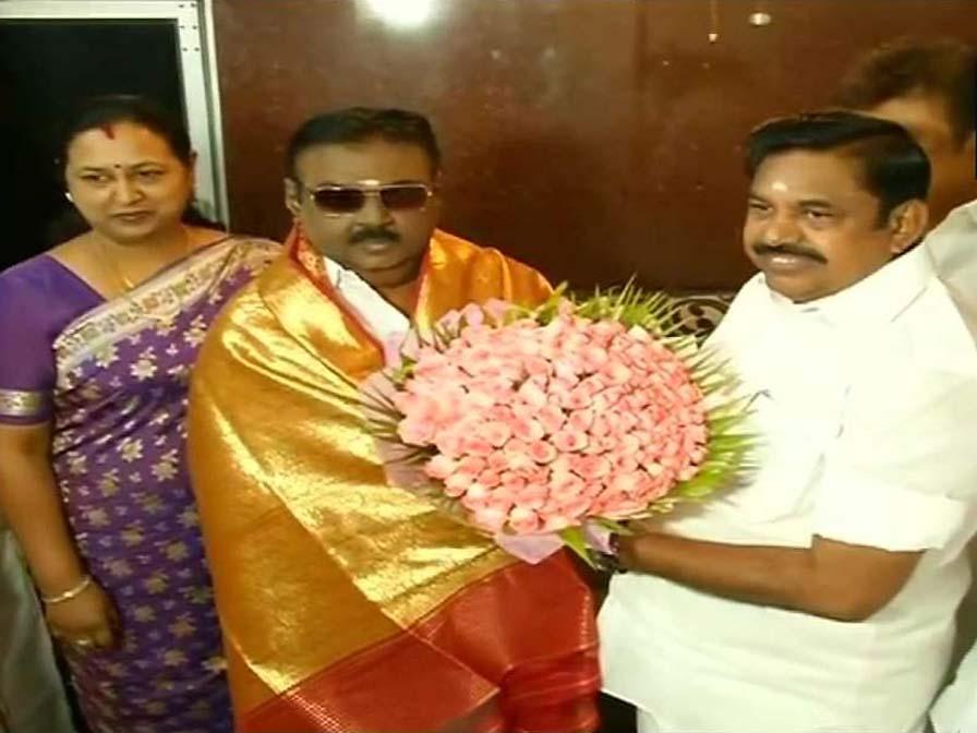 Edappadi Palanisamy met Vijayakanth